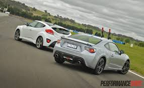 hyundai veloster turbo hyundai veloster sr turbo vs toyota 86 gts comparison video