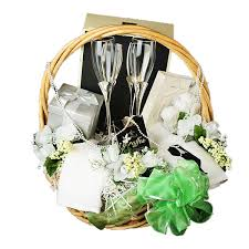 wedding gift baskets wedding gift basket sang maestro