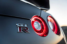 Nissan Gtr 2017 - introducing the new 2017 nissan gt r precision and performance