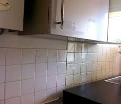 faience murale pour cuisine recouvrir du carrelage mural cuisine top le motif chevron parfait