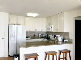 chateau waikiki 2814 2 br 1 ba apartment in honolulu sleeps 4 property image 4 chateau waikiki 2814 2 br 1 ba apartment in
