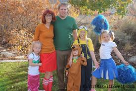 diy costumes minion bride of frankenstein scooby doo gang find