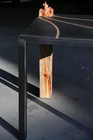 beistelltische echtholz baumstamm beistelltisch eiche echtholz couchtisch mit wangenfuss