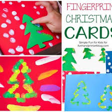 Arts And Crafts Christmas Tree - fun handprint art foster creativity and encourage imagination