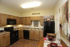 Bedroom Rustic - rustic ridge villas rentals joplin mo apartments com
