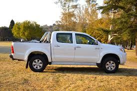 2005 toyota hilux 2 7 vvti 2549 for sale youtube