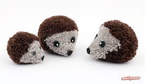 mollymoocrafts how to make pom pom hedgehogs