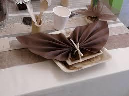 pliage de serviette en papier 2 couleurs feuille pliage de serviettes pour mariage
