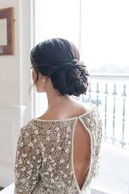 Hochsteckfrisurenen Einfach Hochzeit by 12 Zeitlose Hochsteckfrisuren Für Die Braut Schöne