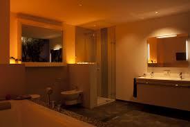 Badezimmer Ohne Fenster Trends Im Bad Koenig Bad