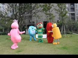 mascottes de déguisements yo gabba gabba costumes peluches