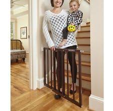 the best safety gate 2017 baby bargains