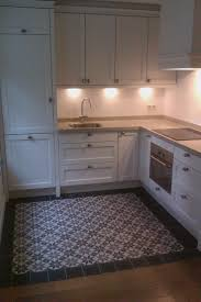 tile floors rsi kitchen cabinets kenmore electric ranges