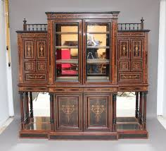 How To Display China In A Hutch Antique Display Cabinets The Uk U0027s Premier Antiques Portal