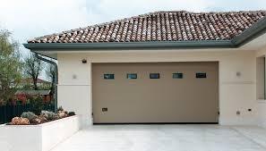 porte sezionali porta sezionale lake con pannello coibentato con snodo in