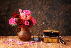Vases Of Roses Roses In A Vase On The Table Royalty Free Stock Photos Image
