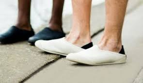 mens bedroom shoes best slippers for men to use home
