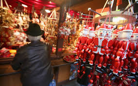 5 must visit christmas markets in chicago travel leisure