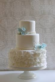 wedding cake frosting pearls ruffles sweet peas bill s wedding cake the