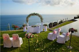 5 Tips For Choosing The Perfect Wedding Vendors by Tips To Follow To Help You Find The Right Wedding Venue For Your