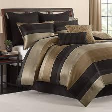 Queen Comforter On King Bed Hudson Comforter Set In Black Comforter Bedrooms And Queen