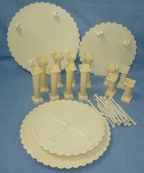 wedding cake plates 55 wilton cake plates and pillars wedding cake stands plates