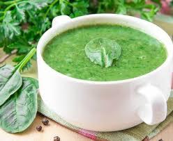 cuisiner epinard frais soupe d épinards frais recette de soupe d épinards frais marmiton