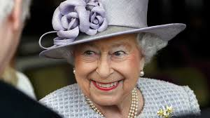 this is the one day of the week queen elizabeth carries cash in