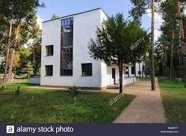 clue architecture bauhaus architectural style building dessau