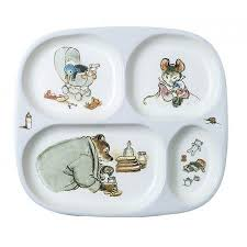 themed serving tray make lunch and dinnertime even more enjoyable with this ernest