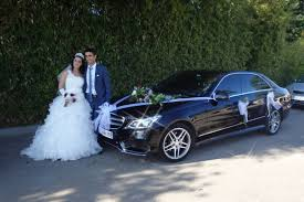 location limousine mariage chauffeur avec voiture de luxe à louer pour mariage salon de