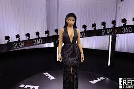 E Red Carpet Grammys All Of Our Favorite Red Carpet Moments Gif U0027d