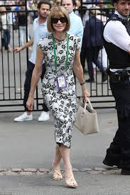 short and long sears dresses to wear to a wedding as a guest carole and pippa middleton enjoy another day at wimbledon daily