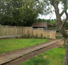 Arch Trellis Fence Panels Bulldog Sheds And Fencing Wootton Bassett Swindon Wiltshire