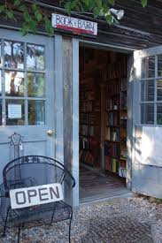 Book Barn Niantic Five Fantastic Book Barns And Book Cats Of The Northeast