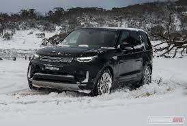 hse land rover 2017 2017 land rover discovery sd4 hse review video performancedrive