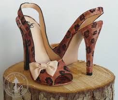 5 tips for creating stunning stiletto heel cakes
