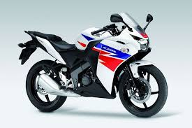 honda cbr motorbike honda cbr 125 review pros cons specs ratings