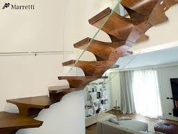 schã b treppen selbsttragende holz treppe mit glas geländer zur sicherheit