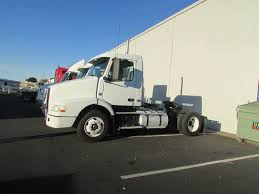 volvo cabover trucks used 2009 volvo vnl42t300 single axle cab over daycab for sale in
