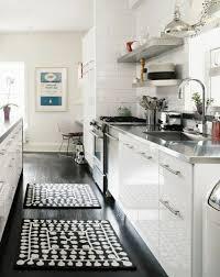 tapis de sol cuisine tapis cuisine noir stuffwecollect com maison fr