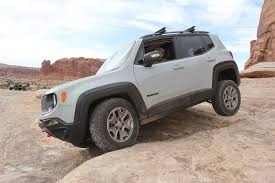 jeep moab 2017 modded jeep renegade commander concept from moab ejs 2016 day 3