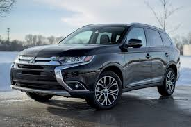 black mitsubishi outlander auto review mitsubishi fades to near black with 2016 outlander gt