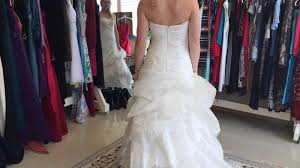 wedding help uso helps a with wedding dress uso central and