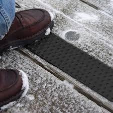 handiramp non skid stair tread powder coated black