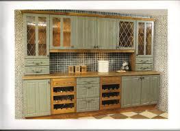 meuble de cuisine en kit meuble cuisine anglaise typique cu0027est gnial ce miroir mais