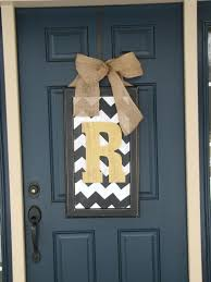 home front door decor ideas monogram mat wood outdoor doormat