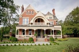 homes with porches what s that house a guide to homes porch advice