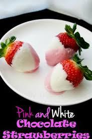 White Pink Chocolate Covered Strawberries Pink And White Chocolate Strawberries Recipe Chocolate