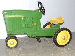 18th annual aumann antique tractor u0026 toy auction friday